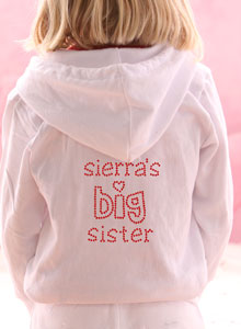 girls big sister with heart